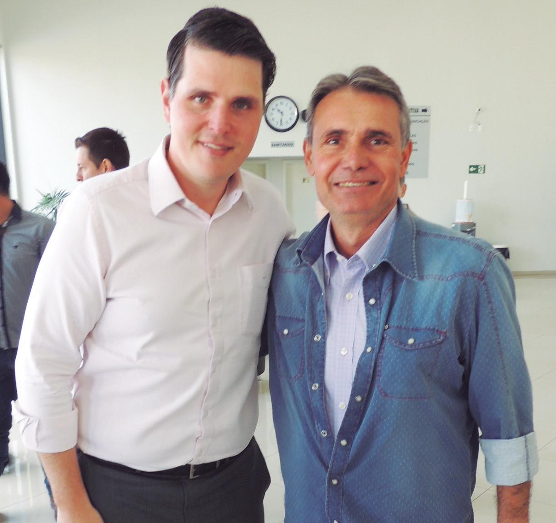 Deputado Cauê e o presidente da ACIC, Junior Pacheco