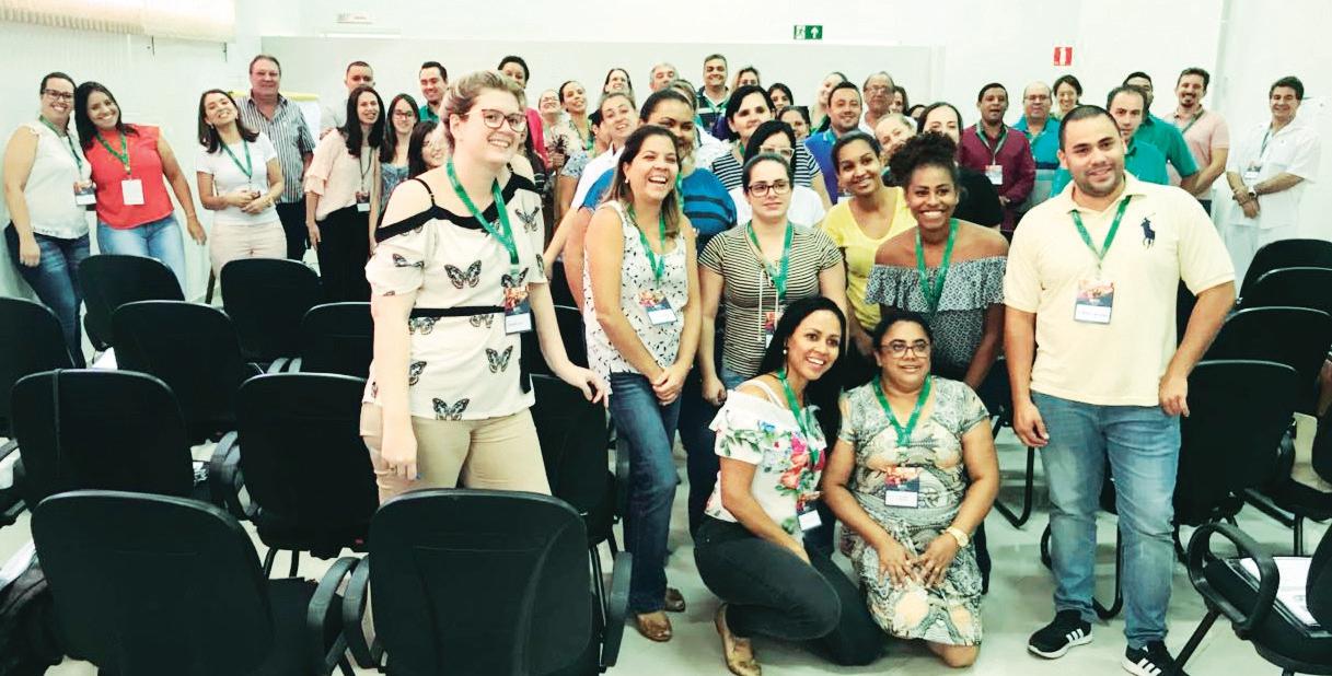 Colaboradores da Unimed Capivari em flash durante o evento realizado na Câmara dias 07 e 08 pp..