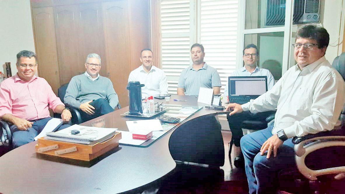 Da esquerda para direita: Júlio Caproni, Keslley Crispim, Cleber Gobby, Rogério Caluini, Mário Martins e Agnaldo Tempesta